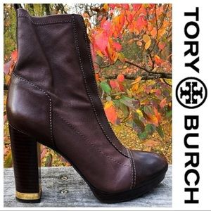 Tory Burch Danielle Classic Leather Boots!